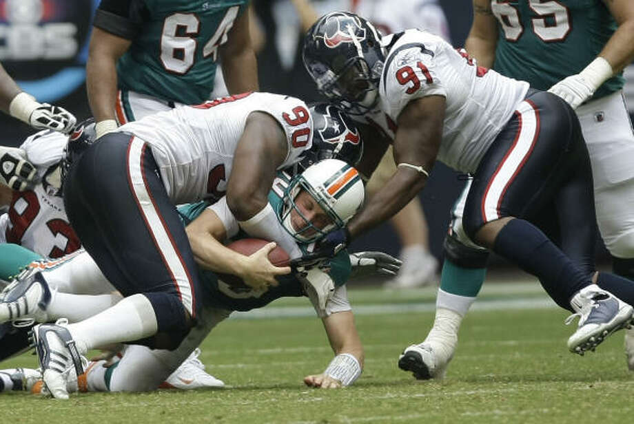 New Texans defensive coordinator Frank Bush wants to establish a defense that gets after the quarterback. Photo: Brett Coomer, Houston Chronicle