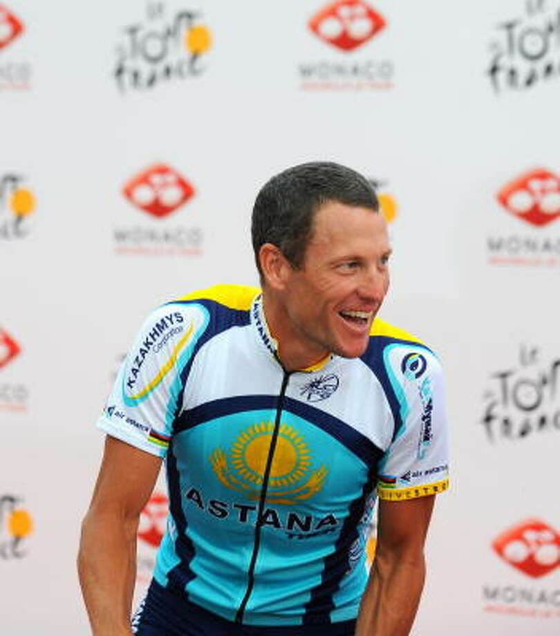 """Seven-time Tour de France winner Lance Armstrong has said he decided to come out of retirement in hopes of heightening exposure to his cancer-fighting """"Livestrong"""" message. Photo: LIONEL BONAVENTURE, AFP/Getty Images"""