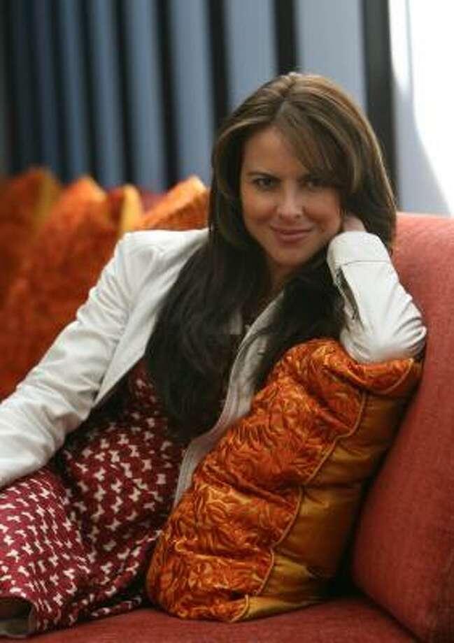 Kate del Castillo posa para la foto en el Hotel Derek, el lunes 25 de febrero, en Houston. Photo: Sharon Steinmann, Houston Chronicle