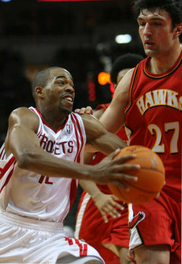 Rafer Alston had 12 points and three assists for the Rockets. Photo: SHARON STEINMANN, CHRONICLE