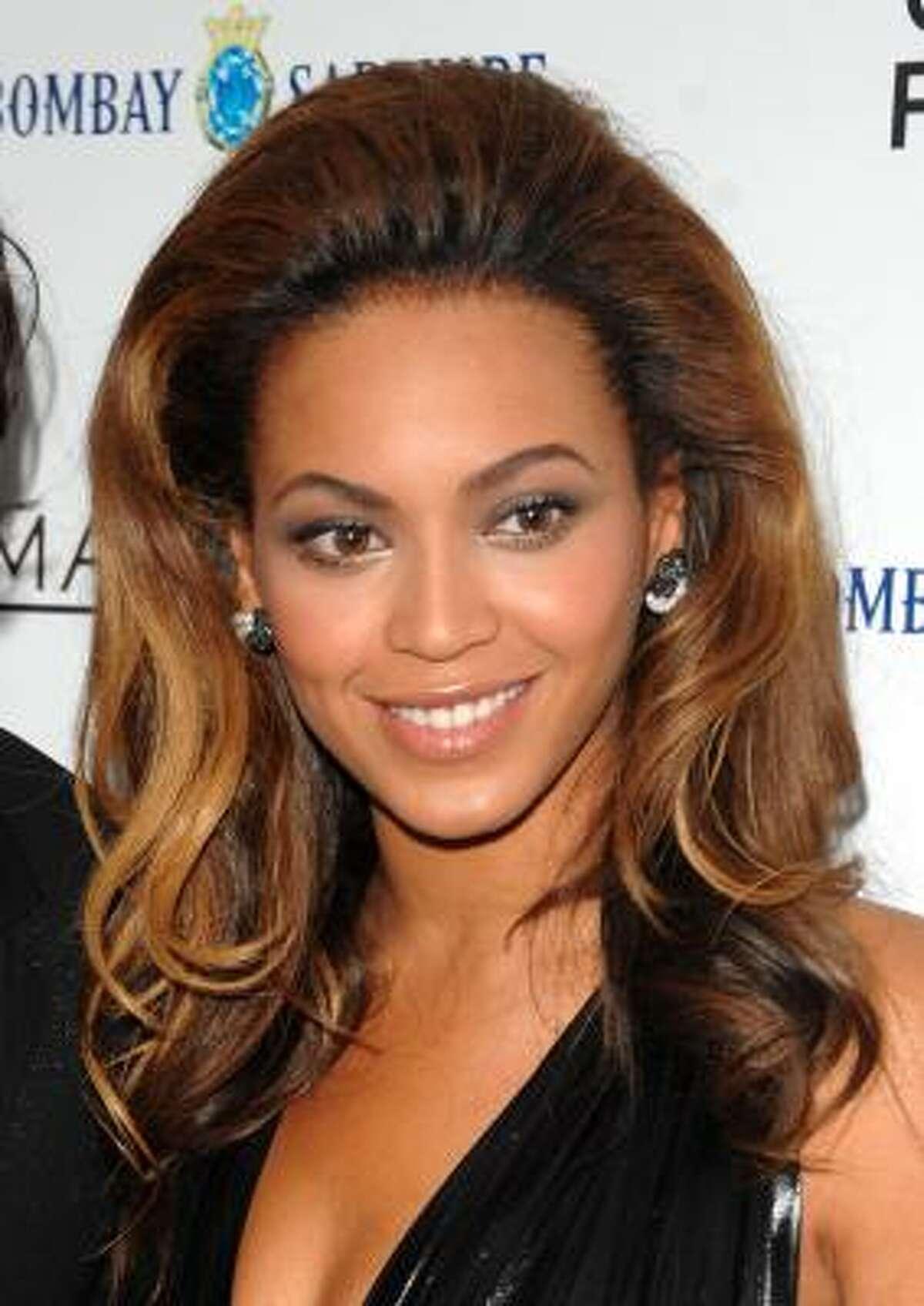 Beyonce Shakira And More To Play For Obama