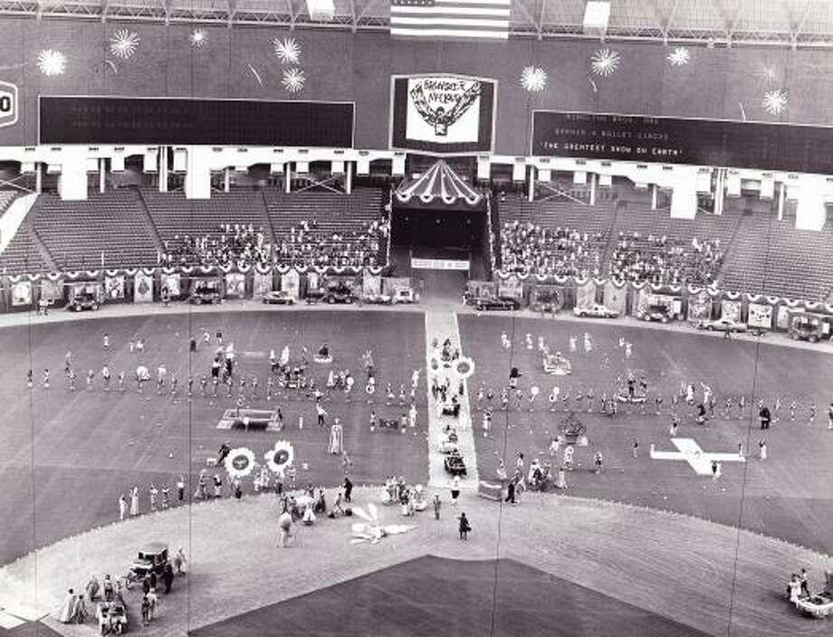 Brewster McCloud filmed in Houston Astrodome in 1970.