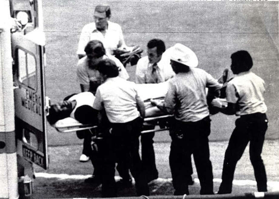Houston Astros pitcher J.R. Richard is lifted into an ambulance after collapsing July 1980 following a short workout in the Astrodome to test his troubled pitching arm.  Richard, placed on the disabled list July 16th, was rushed back to Methodist Hospital where he was released five days ago after extensive tests for his mysterious arm ailment. Photo: Tim Johnson, UPI