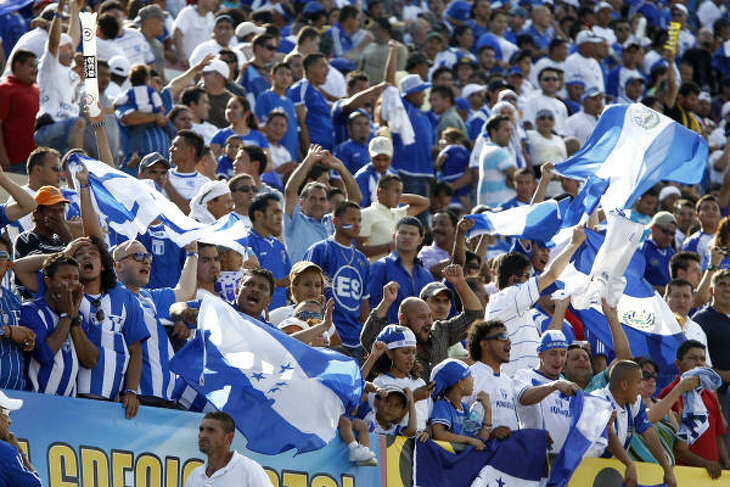 A packed house gets pumped for Sunday's international friendly match between Honduras and El Salvador.