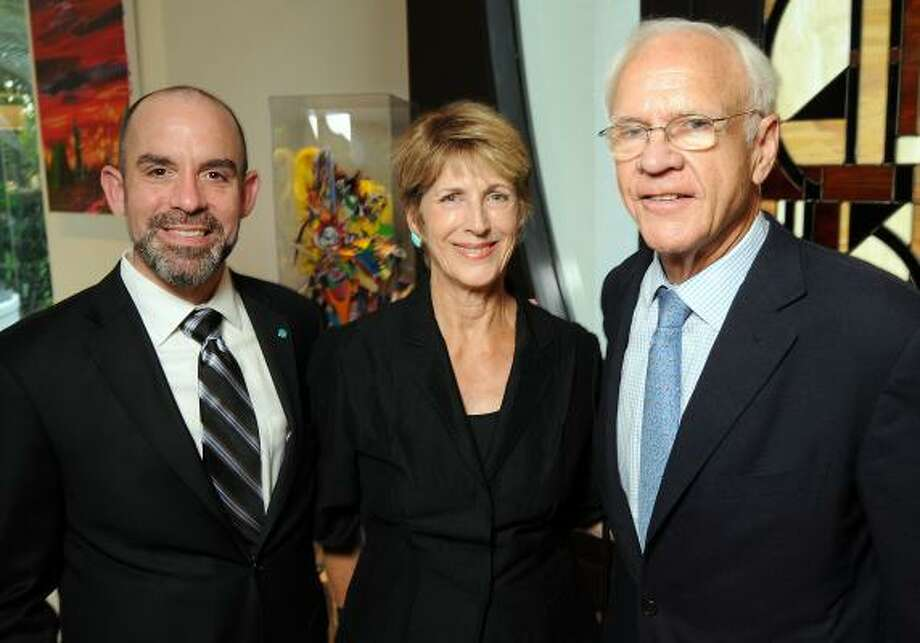 John Bradshaw Jr., Beverly Pennington and Oliver Pennington Photo: Dave Rossman, For The Chronicle