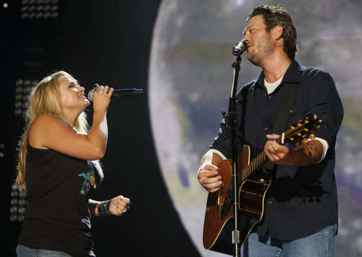 Shelton and Lambert invited country favorites like Reba McEntire and Martina McBride, as well as Cee Lo Green, a fellow coach with Shelton on The Voice.