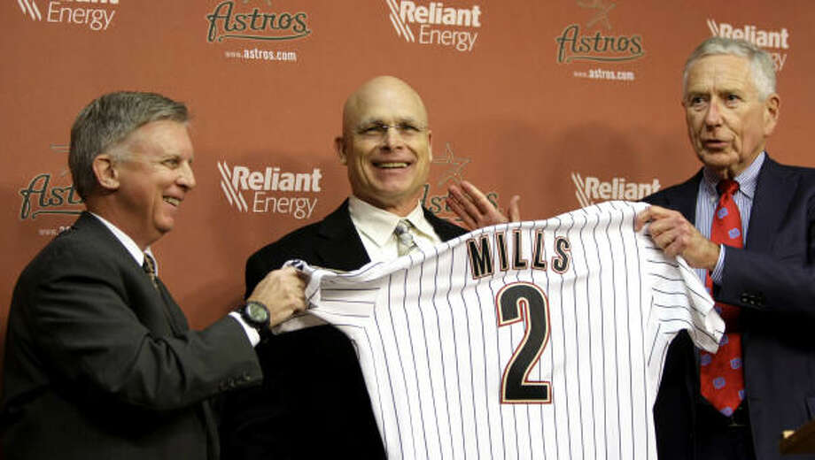 Brad Mills was introduced as the Astros' new manager in 2009. Photo: Brett Coomer, Chronicle