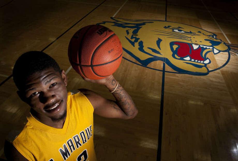 Boys basketball MVP La Marque's Julien Lewis Photo: Johnny Hanson, Chronicle