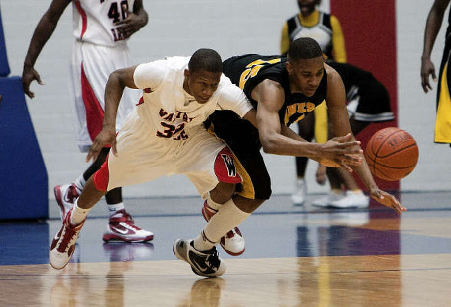 DeMarcus Johnson (right)