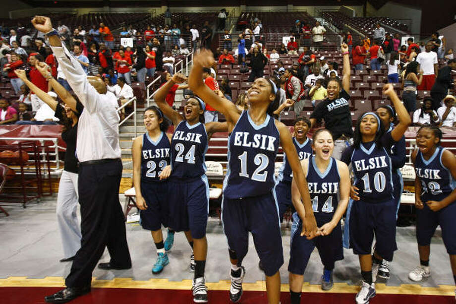 Feb. 26: Elsik 48, North Shore 38The Elsik Rams are heading to the Class 5A state tournament after beating North Shore in Saturday's regional final. Photo: Michael Paulsen, Chronicle