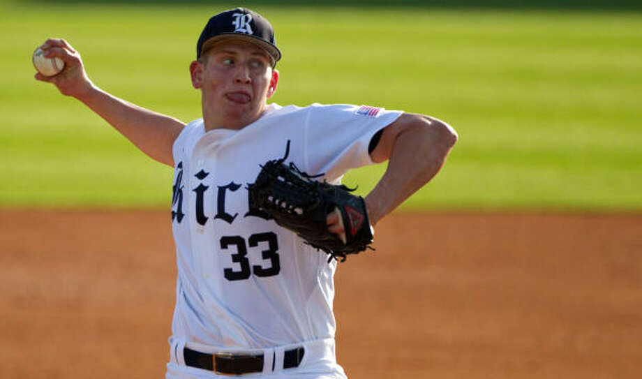 Rice pitcher John Simms received a no-decision after holding Stanford to one run on five hits in five innings Friday evening at Reckling Park. Photo: Smiley N. Pool, Chronicle