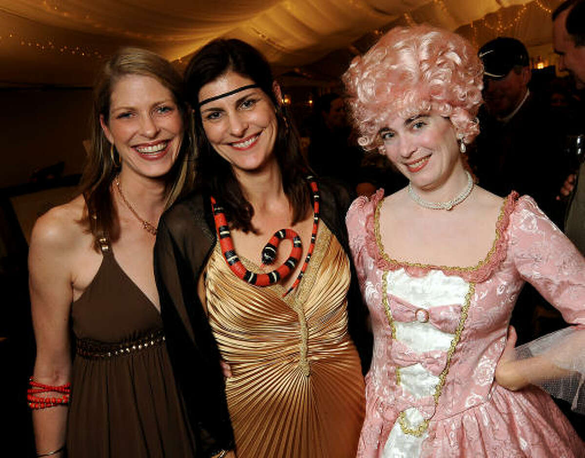 Kendall Robinson, Allison Ayers and Claudia Schmuckli, dressed as scandalous ladies throughout history