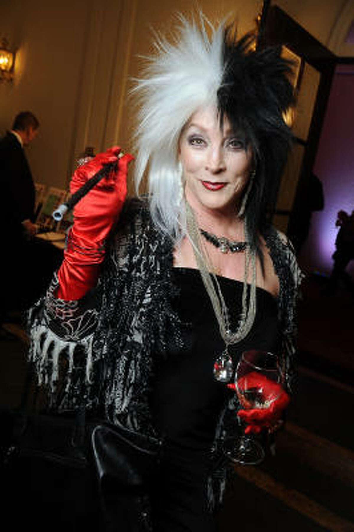 Diana Bowles as Cruella de Vil