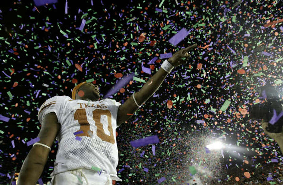2006At Texas, Vince Young entered the national spotlight after his touchdown in the fourth quarter of the Rose Bowl sealed a national title for the Longhorns. Texas defeated USC 41-38. Photo: CHRONICLE FILE