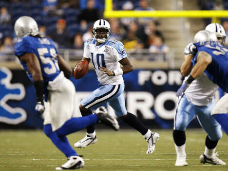 2008 After 11 weeks on the bench, Vince Young took the field in the fourth quarter of the Titans' 47-10 rout of the Lions on Thanksgiving. Photo: Gregory Shamus, Getty Images