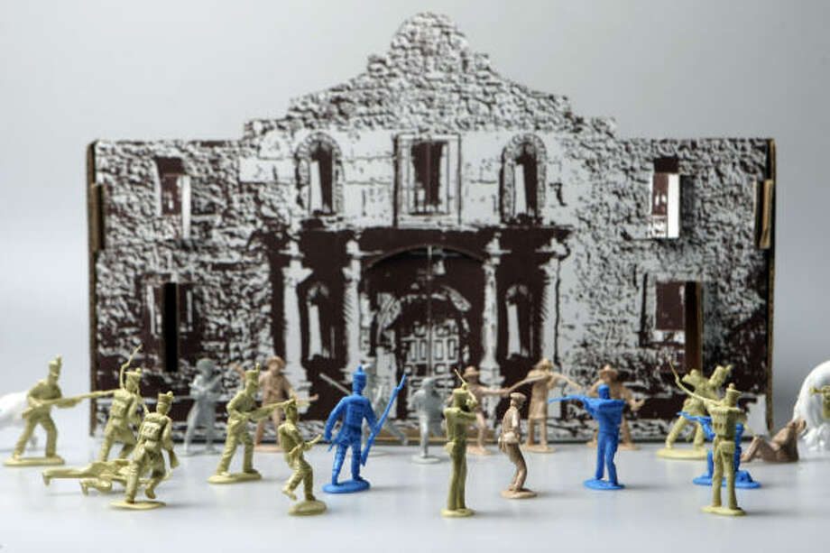 Re-enact the days of battle with little plastic Alamo historical figures and a Remember the Alamo cardboard fort. Photo: HELEN L. MONTOYA, SAN ANTONIO EXPRESS-NEWS