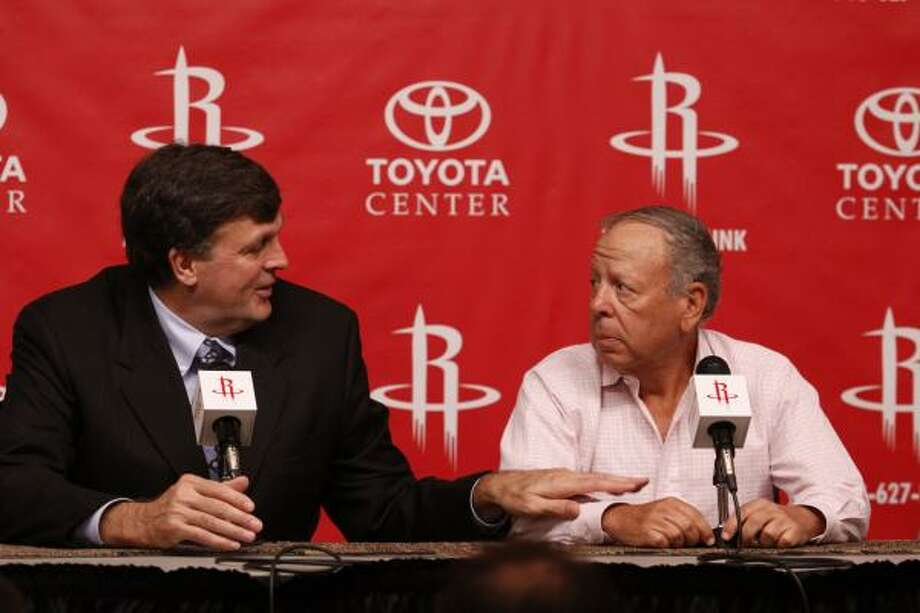 New Rockets coach Kevin McHale should take some time out to talk with owner Les Alexander during the season, Richard Justice writes. Photo: Eric Kayne, For The Chronicle