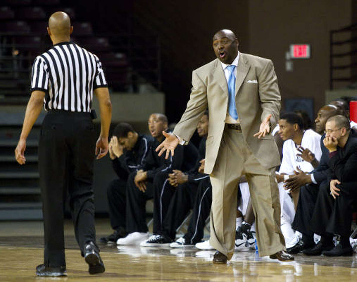 Texas Southern coach Tony Harvey led the Tigers to a 19-13 record in the 2010-11 season.