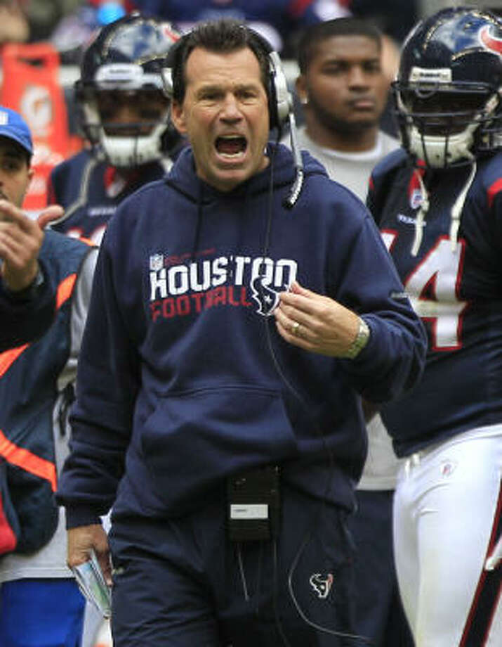 Texans coach Gary Kubiak says he uses criticism from fans and media to fuel his fire. Photo: Brett Coomer, Chronicle