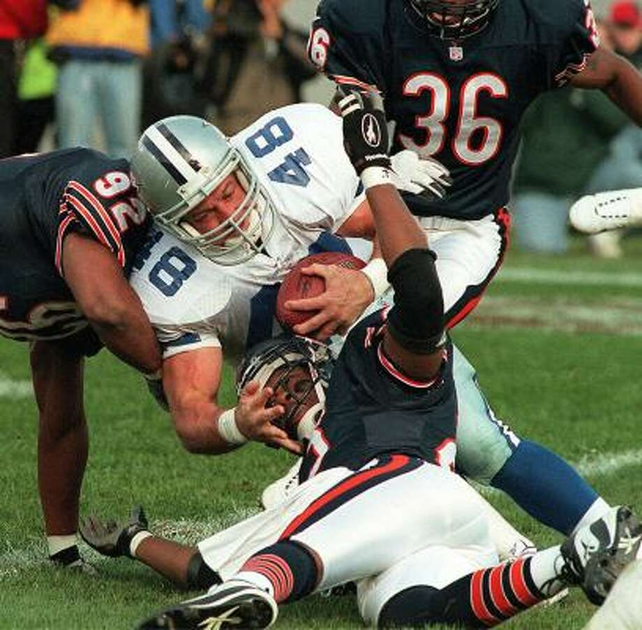 Concussions occur most frequently in football players, something former Cowboys fullback Daryl Johnston can attest to. Photo: PHIL VELASQUEZ, KRT