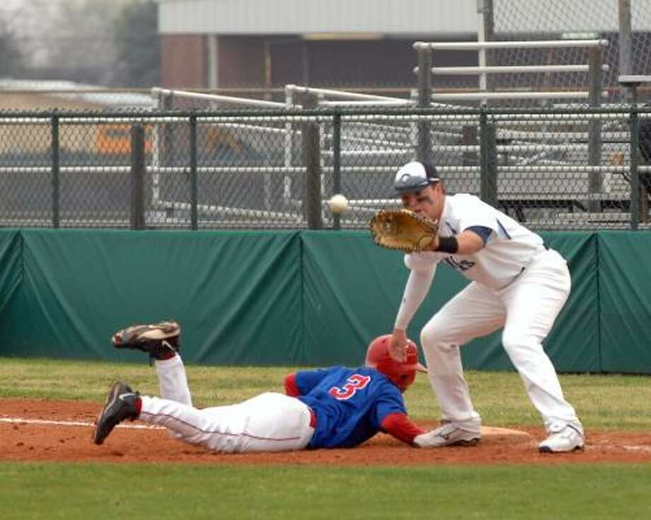 The loss to Alvin proved to be a turning point for G.R. Hinsley and the Rangers. Photo: Eddy Matchette, For The Chronicle