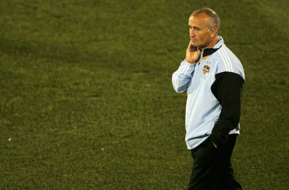 Dynamo coach Dominic Kinnear will face former assistant John Spencer when his team meets the Portland Timbers.