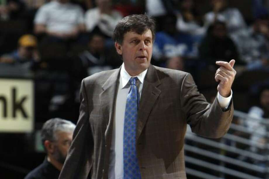 Kevin McHale served as coach of the Timberwolves. Photo: David Zalubowski, AP