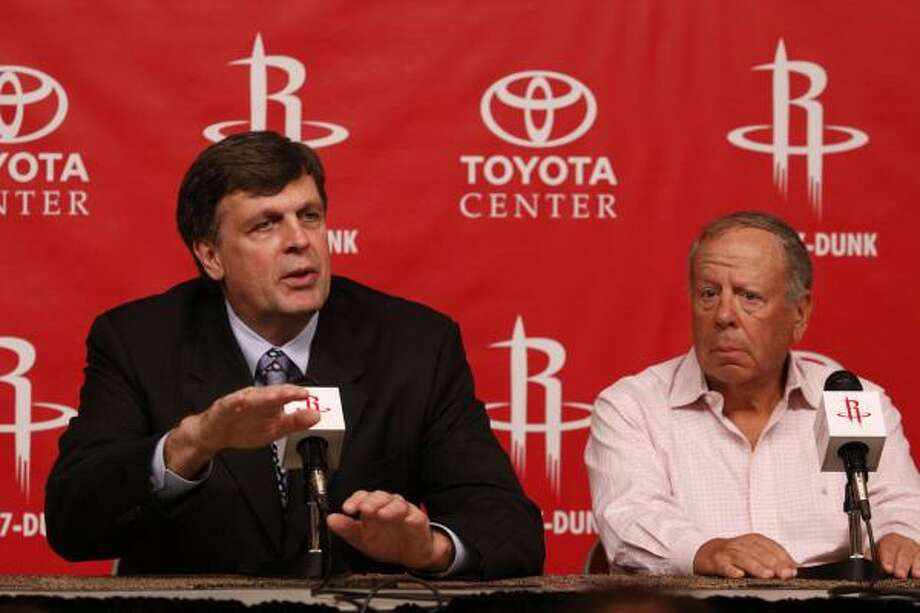 The Rockets and owner Les Alexander, right, are placing their hopes on new coach Kevin McHale to lead them back to the playoffs. Photo: Eric Kayne, For The Chronicle
