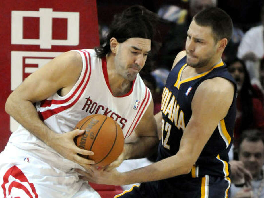 Luis Scola is considered day-to-day with a strained left knee. Photo: Pat Sullivan, AP