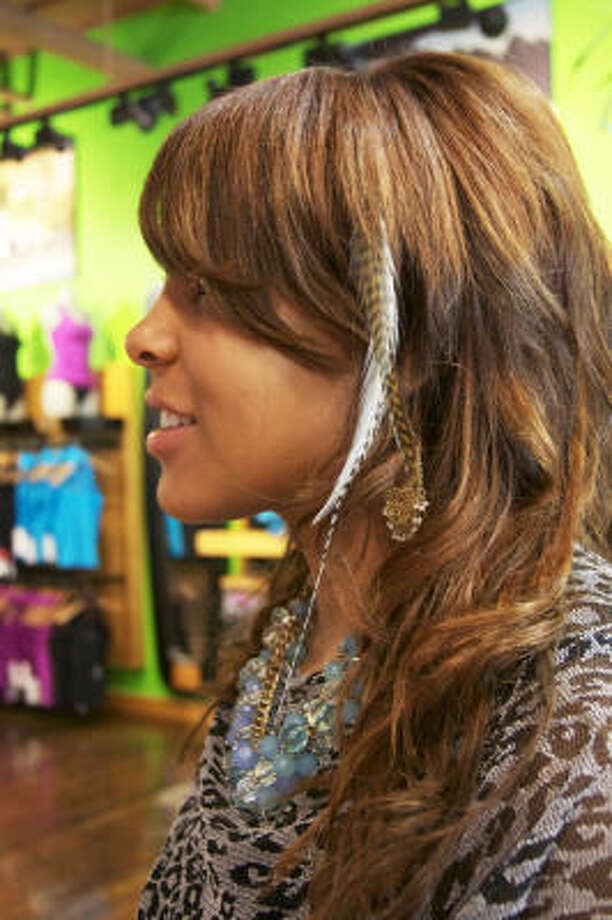 Hot Pick Feather Hair Extensions Houston Chronicle
