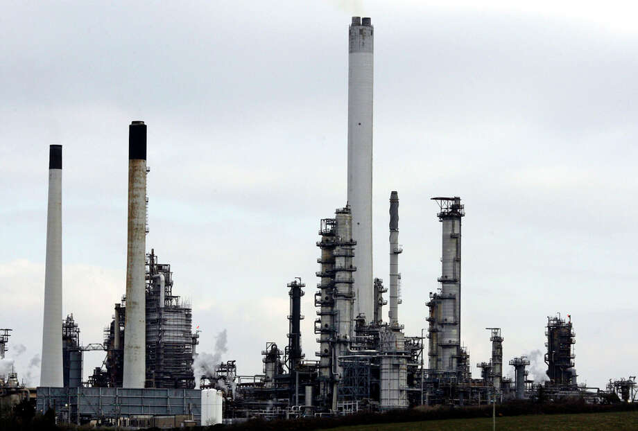 Valero buys this Chevron plant in Pembroke, Wales, United Kingdom. BLOOMBERG FILE PHOTO