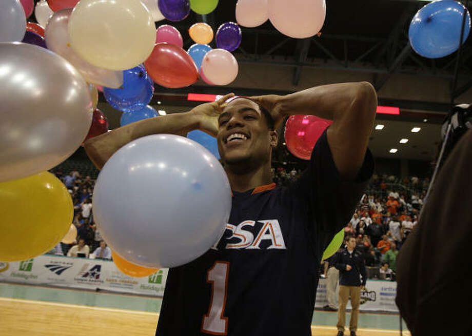 Texas-San Antonio's Stephen Franklin celebrates the Southland Conference Tournament win in Katy's Merrell Center. Photo: James Nielsen, Chronicle