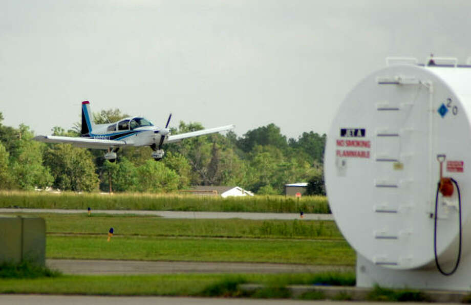 FINAL APPROACH: A plane lands at Pearland Regional Airport. Photo: JIMMY LOYD, FOR THE CHRONICLE