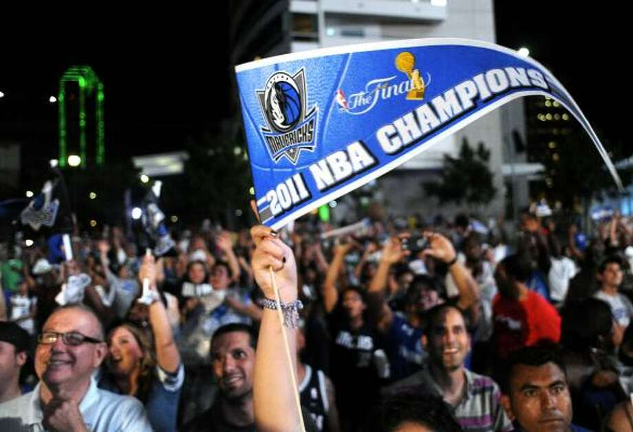 The Mavericks' Finals-clinching win drew a 39.8 rating in Dallas. Photo: Matt Strasen, Associated Press