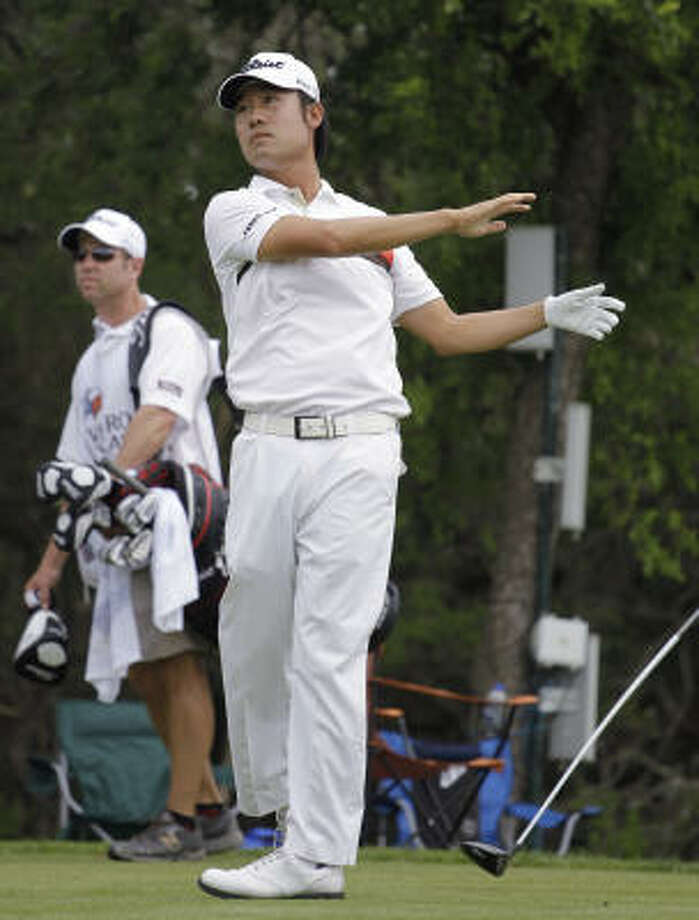 Problems off the tee started Kevin Na's spiral to a 16 last week in San Antonio. That was the most spectacular recent meltdown among the pros, but the most damaging was Rory McIlroy's triple bogey on No. 10 that cost him the lead in the final round of the Masters. Photo: Eric Gay, AP