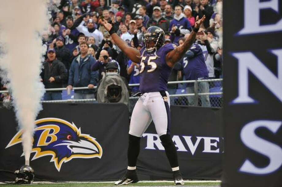 Linebacker Terrell Suggs is one of four Ravens defenders to be named to the Pro Bowl. Photo: Larry French, Getty Images