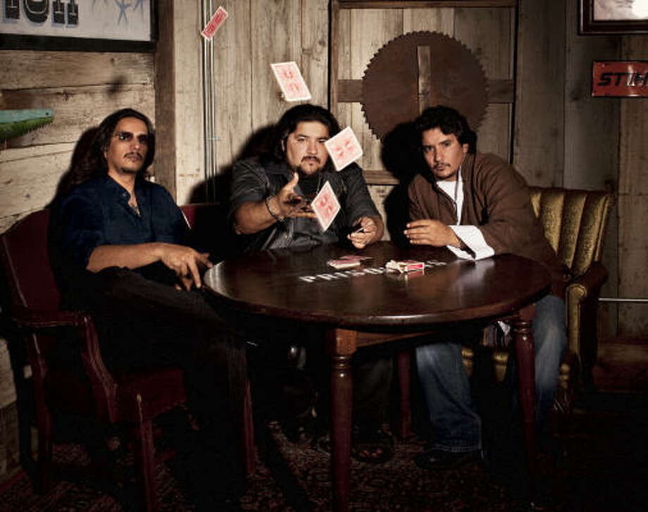 Los hermanos Garza, que integran la banda originaria de San Angelo, regresan a Houston con su texican rock'n roll. Photo: The 3 Collective