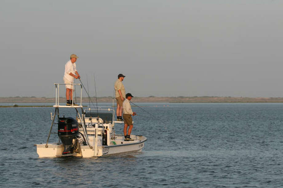 Proposals moving through the Texas Legislature would mandate persons born after Sept. 1, 1993, take and pass a state-certified boater education course before operating most powered boats on public waters and add boating safety training to driver's education courses. Photo: Shannon Tompkins, Chronicle