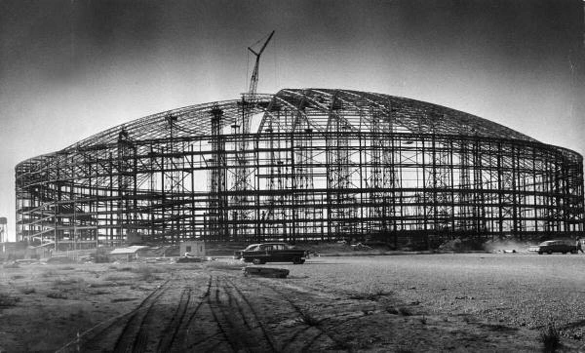 1963: Eight Wonder of the World rises The Harris County Domed Stadium begins to take shape in October 1963 at 8400 Kirby. Construction costs came to $35 million (about $262 million in today's dollars). The grand opening on April 9, 1965, drew a president, a governor and other dignitaries.