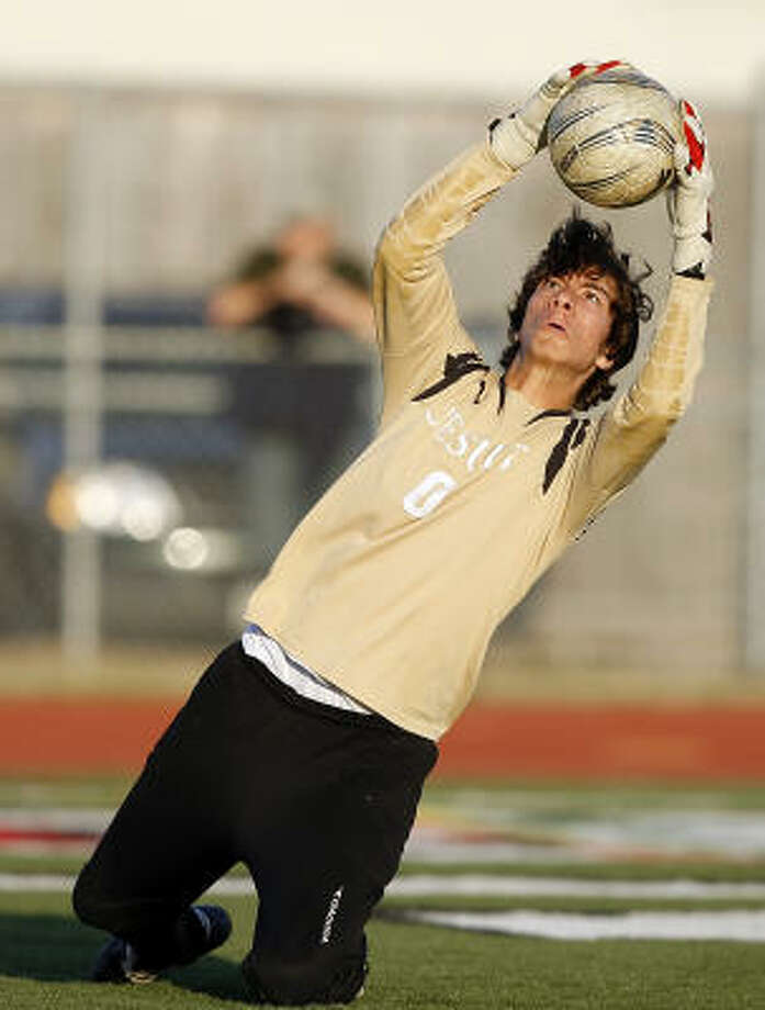 Goalkeeper Jason Taffet led Strake Jesuit to a state tourney berth. Photo: Bob Levey, For The Chronicle
