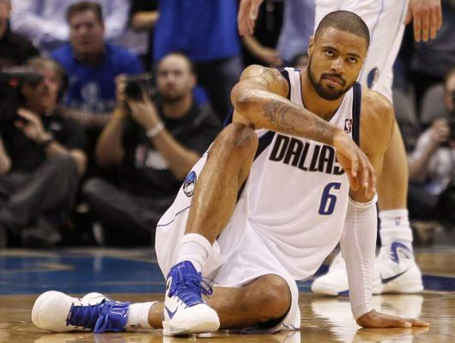Tyson Chandler believes the Mavs' long layoff between the second round and the conference finals hurt the team's defensive concentration. Photo: Eric Gay, Associated Press