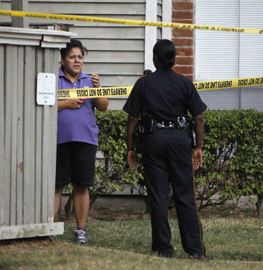 Timbers Apartments: Two Dead In Apparent Murder-suicide In East Houston