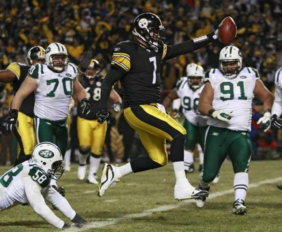 Pittsburgh Steelers quarterback Ben Roethlisberger came up big in the clutch on Sunday. Photo: Charles Krupa, AP