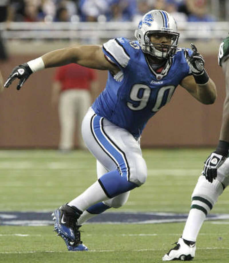 Detroit Lions defensive tackle Ndamukong Suh had 10 sacks and 66 tackles in 2010. Photo: Carlos Osorio, AP