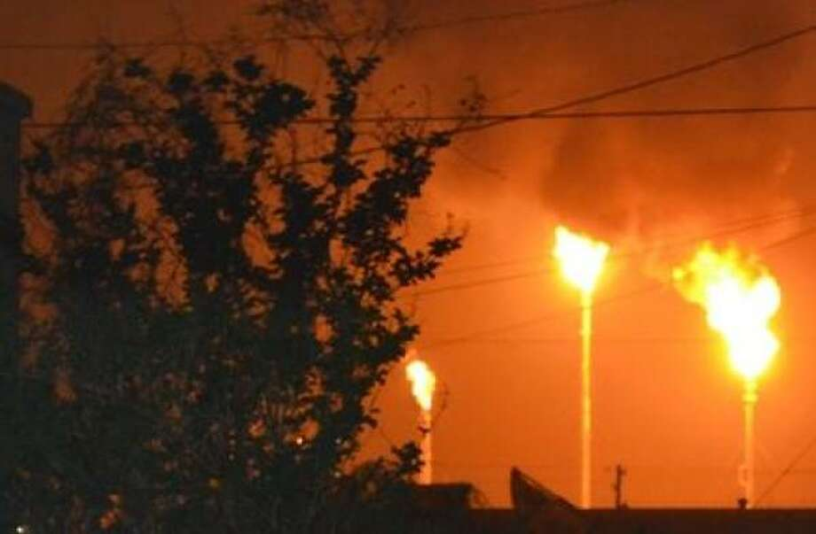 This photo of the BP plant in Texas City was taken at about 11:15 p.m. on Thursday. Photo: Cody Dowling