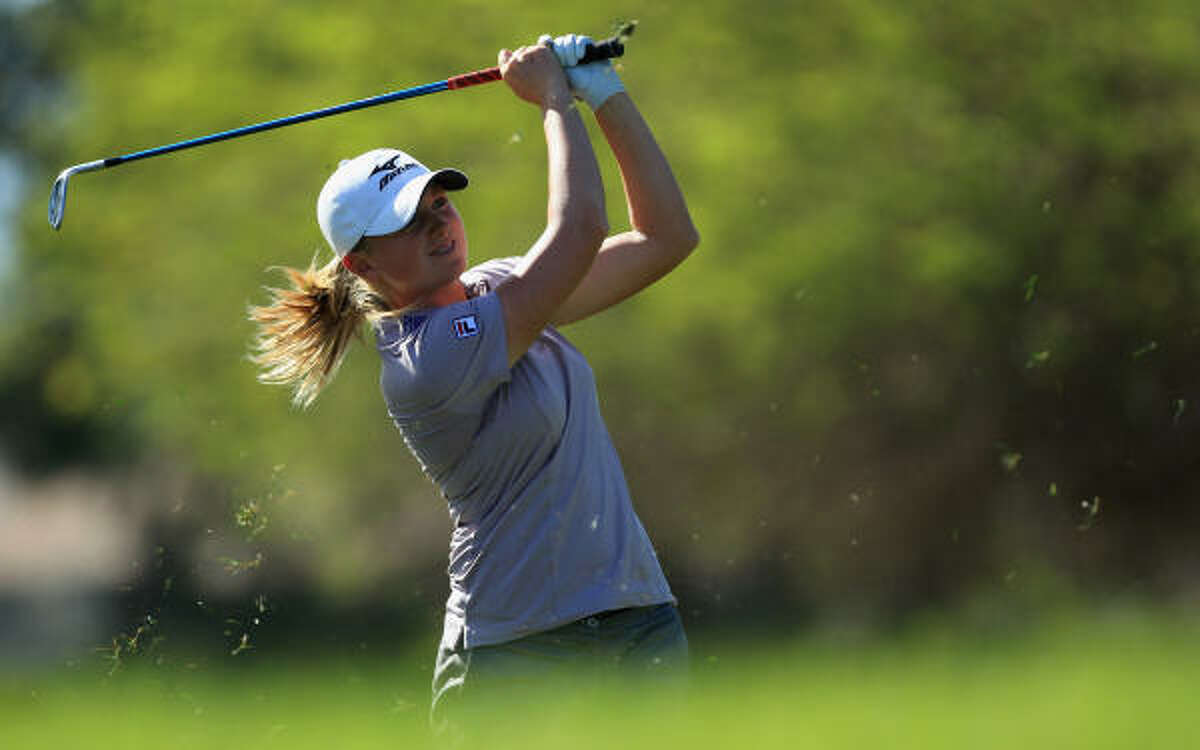 Stacy Lewis moved to 15th in the world Rolex Rankings.