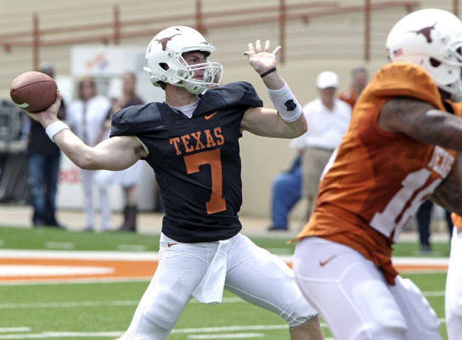 Garrett Gilbert failed to separate himself from his three competitors at the Longhorns' spring game. Photo: Michael Thomas, AP
