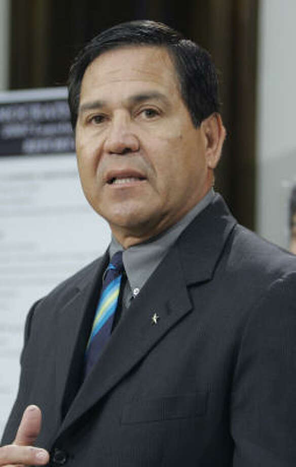 Former state Rep. Kino Flores, D-Palmview, shown in 2007, received probation last month on four felony counts of not properly reporting his income on state ethics forms. Photo: Harry Cabluck, AP
