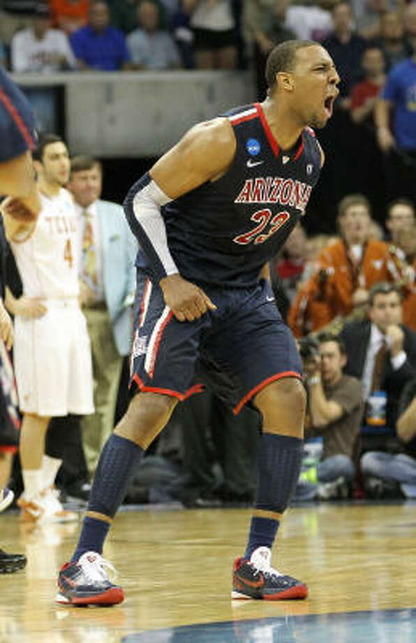 Arizona has an All-American in forward Derrick Williams. Photo: Ronald Martinez, Getty Images