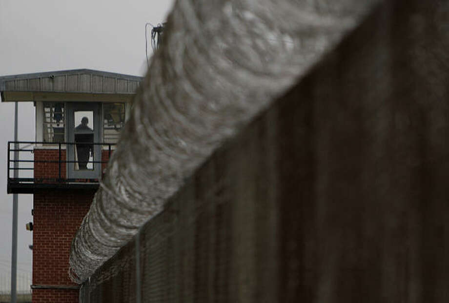 The Central Unit prison in Sugar Land houses slightly more than 1,000 prisoners, but the facility is ripe for closing, budget cutters say. Photo: Mayra Beltran, Chronicle